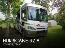Used 2013  Thor Motor Coach Hurricane 32 A by Thor Motor Coach from POP RVs in Sarasota, FL