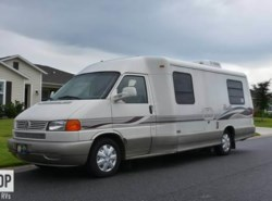 Used 2001  Winnebago Rialta 22QD by Winnebago from POP RVs in Sarasota, FL