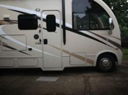 Used 2017  Thor Motor Coach Axis 25.4 by Thor Motor Coach from POP RVs in Sarasota, FL