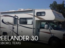 Used 2013  Coachmen Freelander  30 by Coachmen from POP RVs in Sarasota, FL