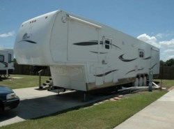 Used 2008  Summit  By New Horizons 45 by Summit from POP RVs in Sarasota, FL