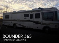 Used 2001  Fleetwood Bounder 36S by Fleetwood from POP RVs in Sarasota, FL