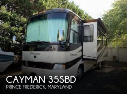 Used 2008  Monaco RV Cayman 35SBD