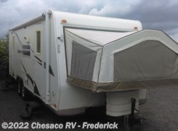 Used 2009  Forest River Rockwood M23RS by Forest River from Chesaco RV in Frederick, MD