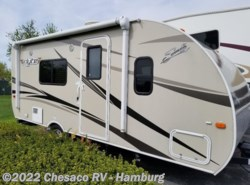 Used 2016  Shasta Flyte 185FQS by Shasta from Chesaco RV in Shoemakersville, PA