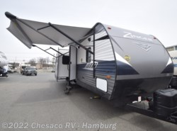 New 2018  CrossRoads Zinger ZR333DB by CrossRoads from Chesaco RV in Shoemakersville, PA