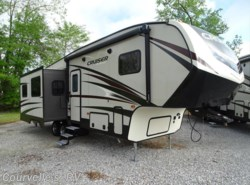 New 2017  CrossRoads Cruiser Aire CR29SI by CrossRoads from Courvelle's RV in Opelousas, LA