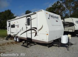 Used 2010  Fleetwood  FLAGSTAFF 26RLSS by Fleetwood from Courvelle's RV in Opelousas, LA