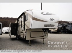 New 2017  Keystone Cougar X-Lite 29RES by Keystone from Cooper's RV Center in Apollo, PA