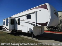 Used 2007  Dutchmen Grand Junction 38ft 3 Slides/Super Clean by Dutchmen from Luxury Motorhomes Of Texas in Krum, TX