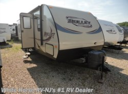 Used 2014  Keystone Bullet 286QBS Two Bedroom, Sofa/Galley Slide-out by Keystone from White Horse RV Center in Williamstown, NJ