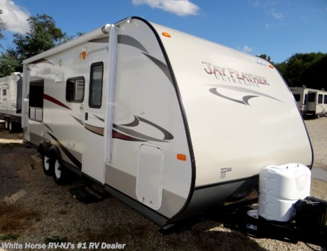2013 Jayco Jay Feather Ultra Lite X213 Front Bunks, Rear King Bed Slide