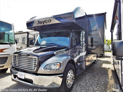 2020 Jayco Seneca 37L Rear King Triple Slideout w/Bunks