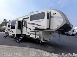 New 2018  Forest River Cardinal 3825FL by Forest River from RV Outlet USA in North Myrtle Beach, SC