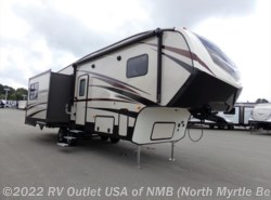 New 2018 CrossRoads Cruiser Aire 28RL available in North Myrtle Beach, South Carolina