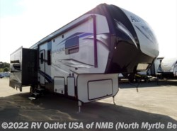 New 2018  Keystone Avalanche 300RE by Keystone from RV Outlet USA of NMB in Longs, SC