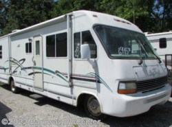 Used 1995  Damon Daybreak 3270 by Damon from Parkway RV Center in Ringgold, GA
