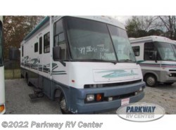 Used 1997  Itasca Suncruiser 32 by Itasca from Parkway RV Center in Ringgold, GA