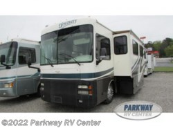 Used 2002  Fleetwood Discovery 37U by Fleetwood from Parkway RV Center in Ringgold, GA