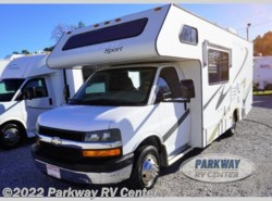 Used 2005  Four Winds International Chateau Sport 23A