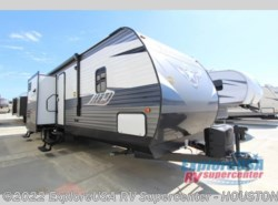 New 2018  CrossRoads Longhorn 331BH by CrossRoads from ExploreUSA RV Supercenter - ALVIN, TX in Houston, TX