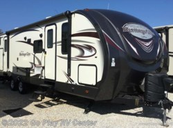 Used 2017  Forest River  Heritage Glen TT 312QBUD by Forest River from Go Play RV Center in Flint, TX