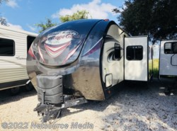 Used 2017 Forest River Wildwood 312QBUD available in Bushnell, Florida