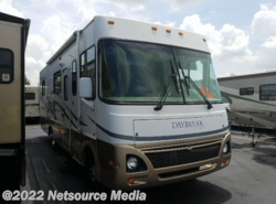 Used 2004 Damon Daybreak 296 available in Bushnell, Florida