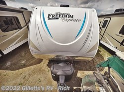 New 2019 Coachmen Freedom Express Pilot 19FBS available in East Lansing, Michigan