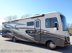 Used 2017 Holiday Rambler Vacationer XE 32A available in Painesville, Ohio