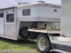 2000 Miscellaneous  Elite 4 Horse Trailer With Living Quarters