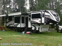 Used 2016 Grand Design Momentum 376TH available in Cloquet, Minnesota