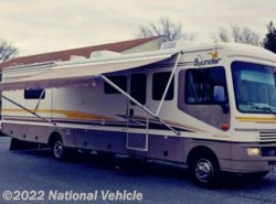 Used 2003 Fleetwood Bounder 35E available in Denton, Maryland