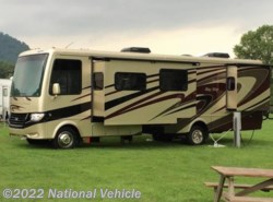 Used 2014  Newmar Bay Star 3308