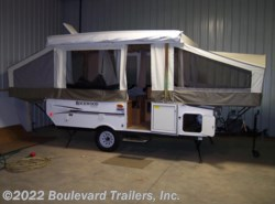 Used 2011  Rockwood  1910 by Rockwood from Boulevard Trailers, Inc. in Whitesboro, NY