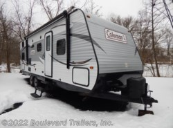 Used 2015  Coleman  262 BHS by Coleman from Boulevard Trailers, Inc. in Whitesboro, NY