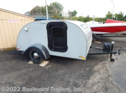 Used 2015  Silver Shadow   by Silver Shadow from Boulevard Trailers, Inc. in Whitesboro, NY