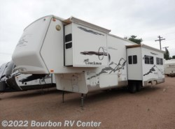 Used 2004  Coachmen Somerset 325RLS by Coachmen from Bourbon RV Center in Bourbon, MO