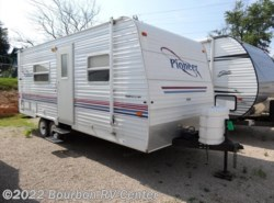 Used 2003  Fleetwood Pioneer 19T4 by Fleetwood from Bourbon RV Center in Bourbon, MO