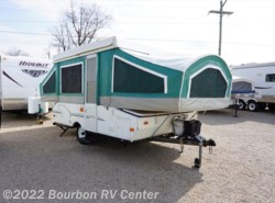 Used 2001  Coachmen Clipper Classic 1070ST by Coachmen from Bourbon RV Center in Bourbon, MO