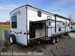 New 2018  Jayco Jay Flight SLX 324BDS by Jayco from Bourbon RV Center in Bourbon, MO