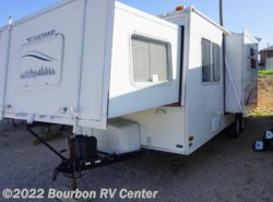 Used 2004  Fleetwood Caravan 25SBW by Fleetwood from Bourbon RV Center in Bourbon, MO