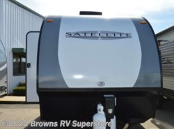 Used 2017  Starcraft  16KS by Starcraft from Browns RV Superstore in Mcbee, SC