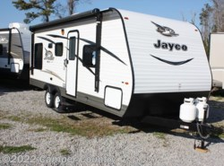 New 2017  Jayco Jay Flight SLX 212QBW by Jayco from Camper Country in Myrtle Beach, SC