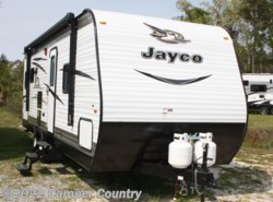 New 2017  Jayco Jay Flight SLX 245RLSW by Jayco from Camper Country in Myrtle Beach, SC