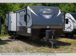 Used 2017  CrossRoads Zinger 33bh by CrossRoads from Campers Inn RV in Kingston, NH
