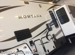 New 2017  Keystone Montana 3820FK by Keystone from Capital RV Center, Inc. in Minot, ND