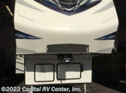 Used 2016  Keystone Carbon 297 by Keystone from Capital RV Center, Inc. in Minot, ND
