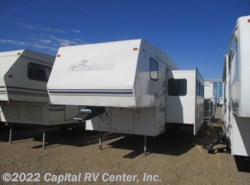 Used 2000  Coachmen Catalina 245 by Coachmen from Capital RV Center, Inc. in Bismarck, ND