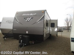 Used 2018  Keystone Hideout 32BHTS by Keystone from Capital RV Center, Inc. in Bismarck, ND
